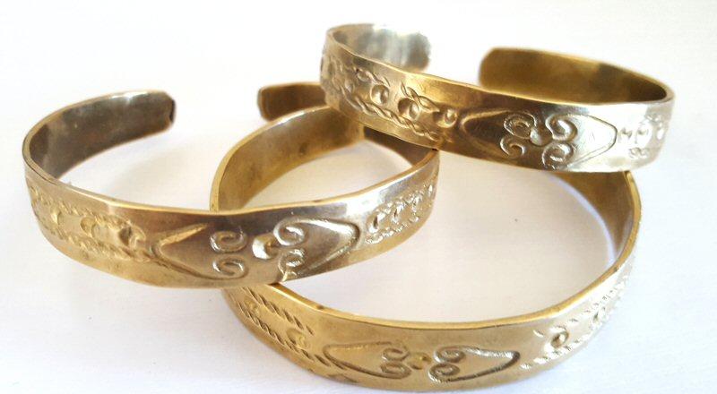 brass bracelets.800